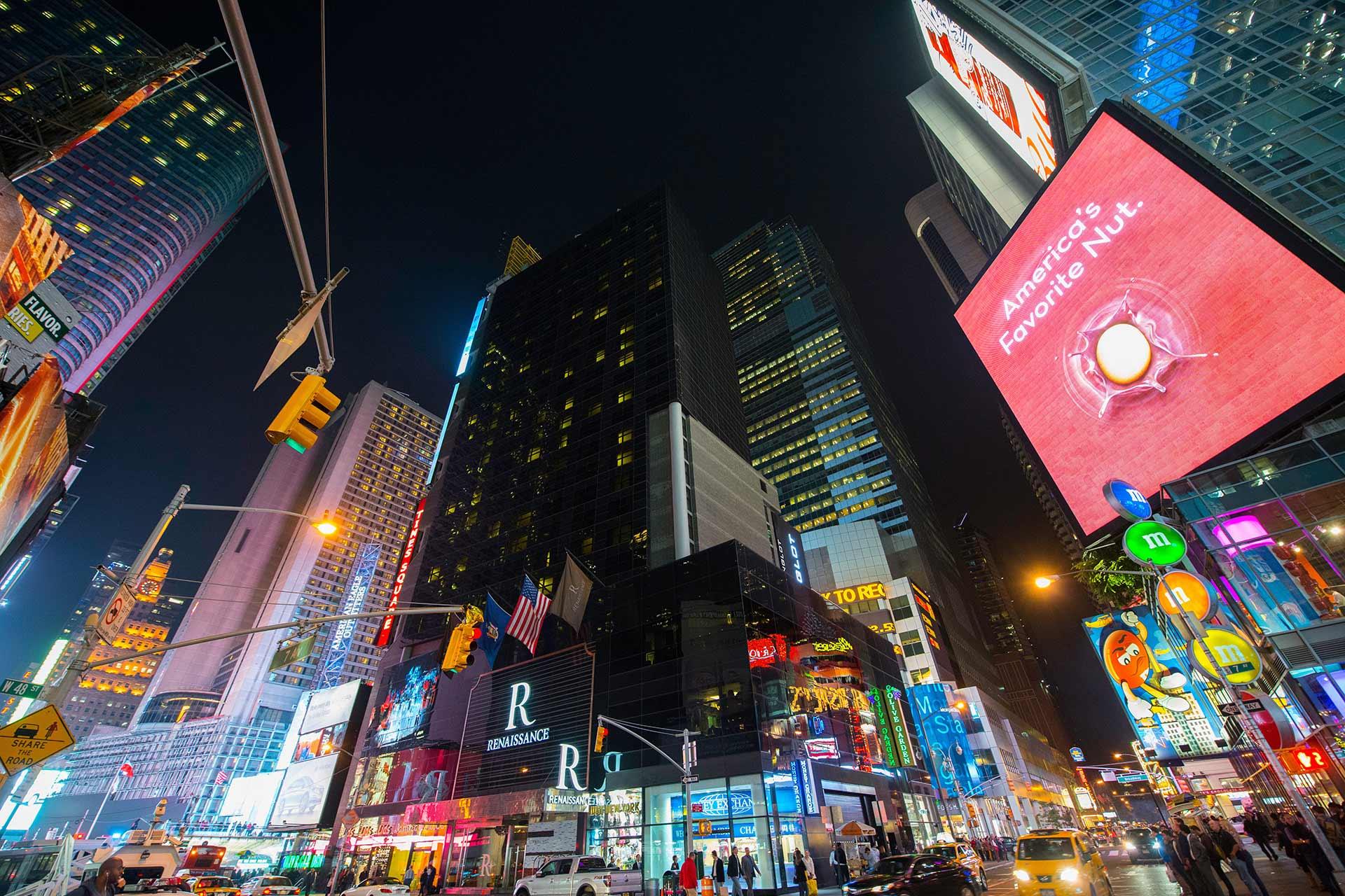 onefourzero marketing analysis image depicting cityscape